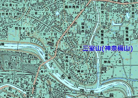 三室山(神奈備山)